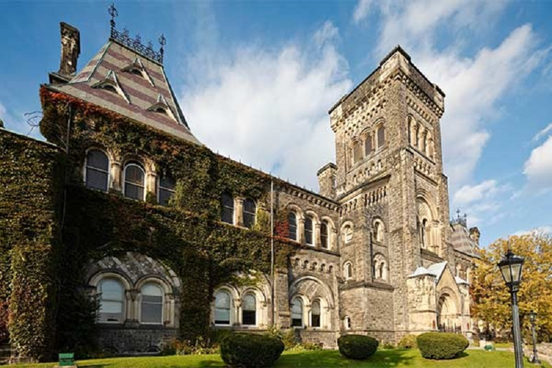 Top 10 Universities in Canada for MS